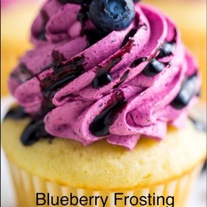 Blueberry Frosting 4 oz soy candle
